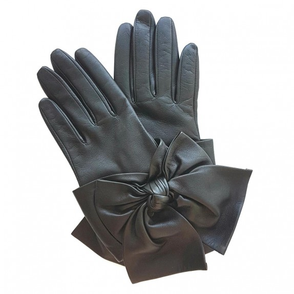 "Leather gloves of lamb black ""PALOMA""."