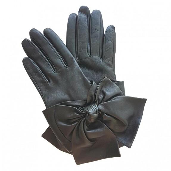 "Leather gloves of lamb black ""PALOMA""."