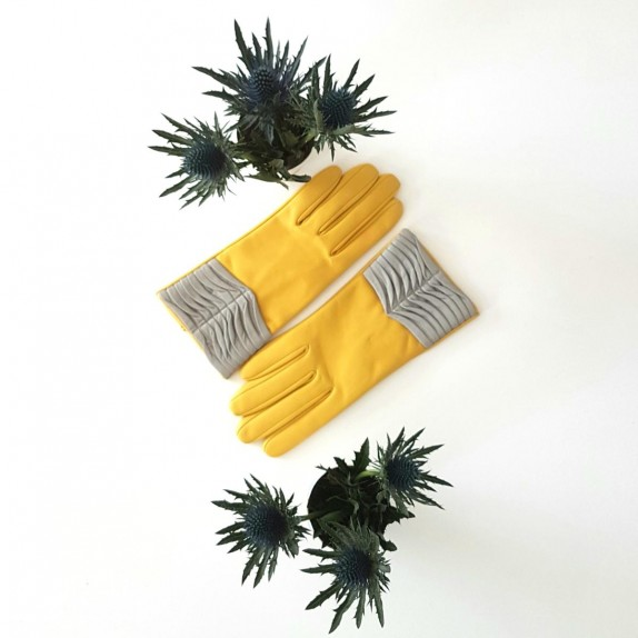 "Leather gloves of lamb yellow and grey ""ELINE"""