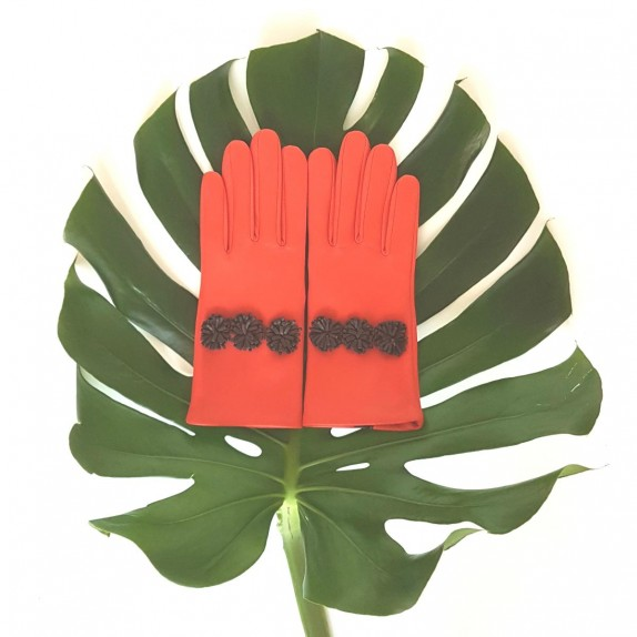 """Leather gloves of lamb nasturtium, dark red """"SHIRO""""."""