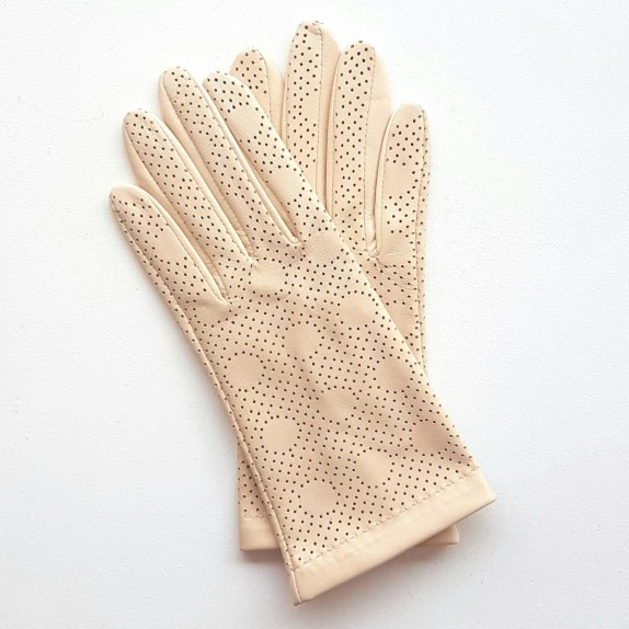 "Leather gloves of lamb pink beige ""CARMELINA""."