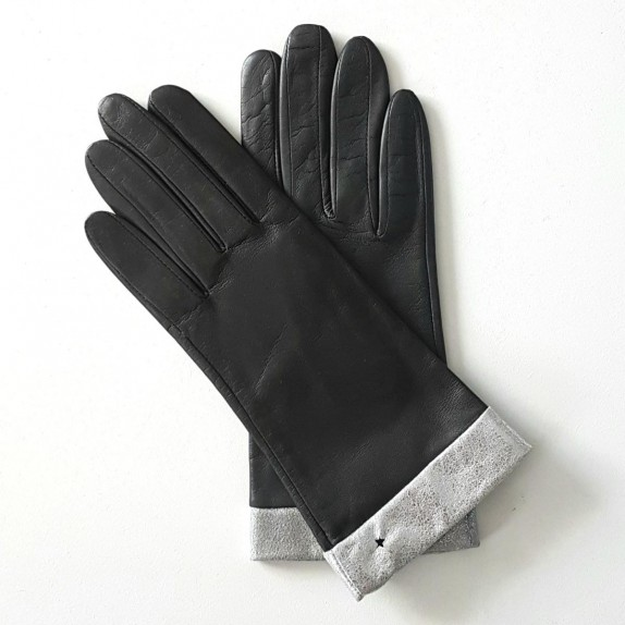 "Leather gloves of lamb grey and silver ""STELLA""."