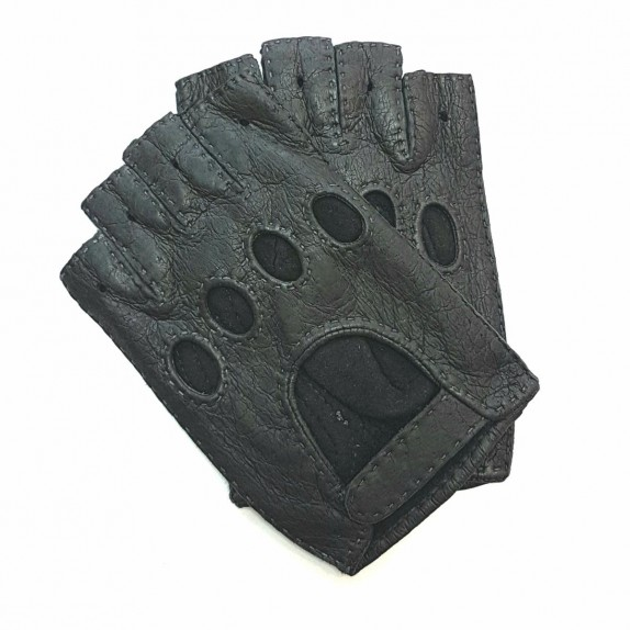 "Leather mittens of peccary grey ""MATHEO""."