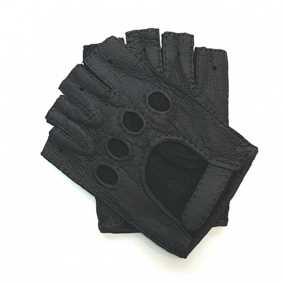 "Leather mittens of peccary black ""MATHEO""."