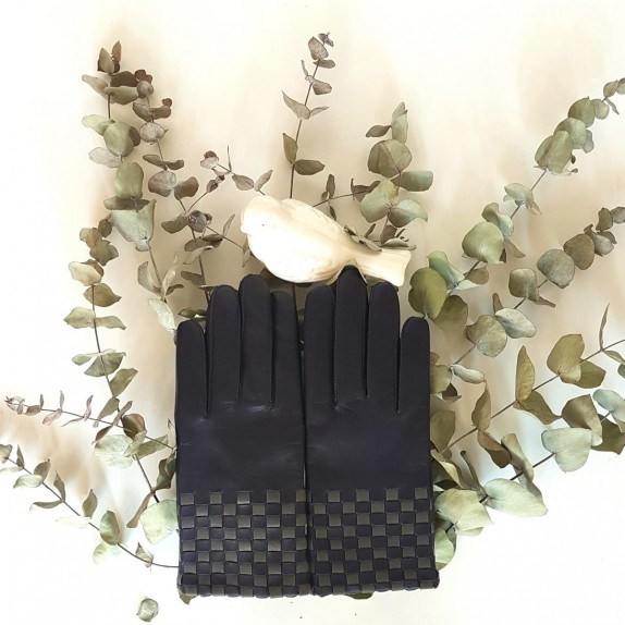 "Leather gloves of lamb damson, grey ""LEOPOLD""."
