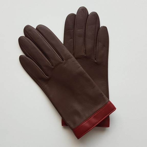 "Leather gloves of lamb brown and red ""TIPPI""."