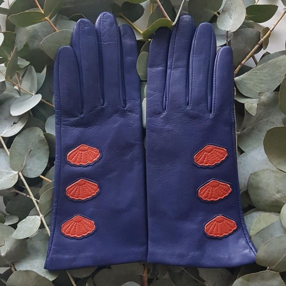 "Leather gloves of lamb blue berry chilly "" COAJA ""."