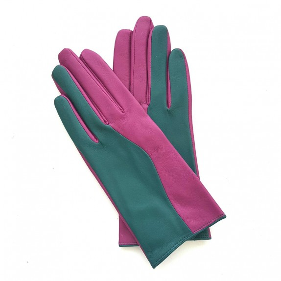 """Leather gloves of lamb green and hot pink """"CONTRASTO""""."""