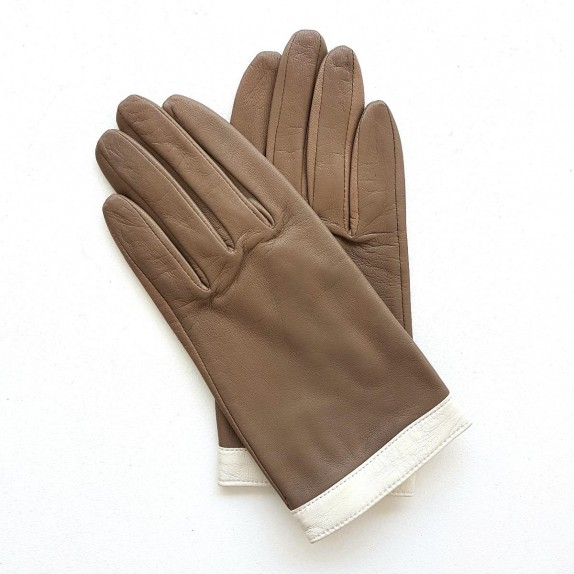 "Leather gloves of lamb clay and white ""TIPPI""."