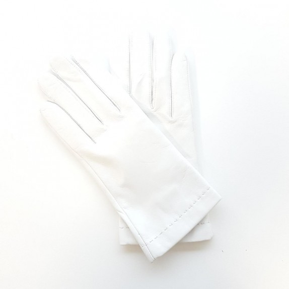 "Leather gloves of lamb white ""RAPHAËL""."