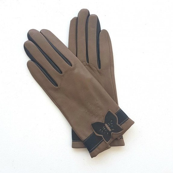 """Leather gloves of lamb clay and black """"PAPILLON""""."""