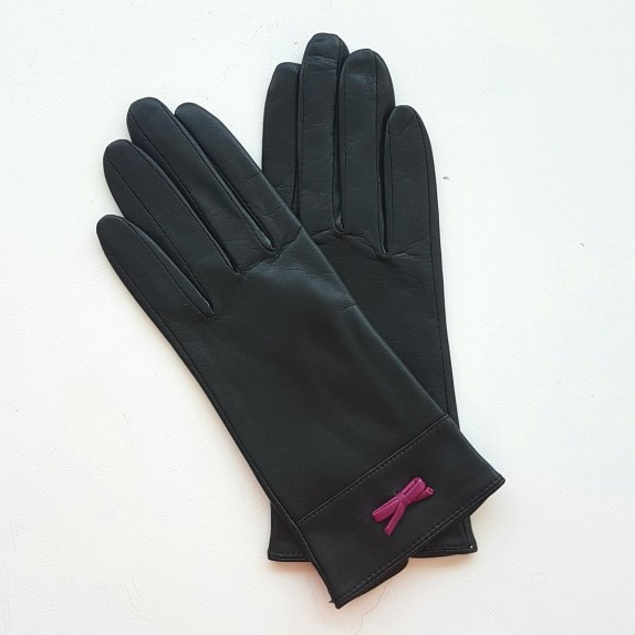 "Leather gloves of lamb black and hot pink ""ANEMONE"""