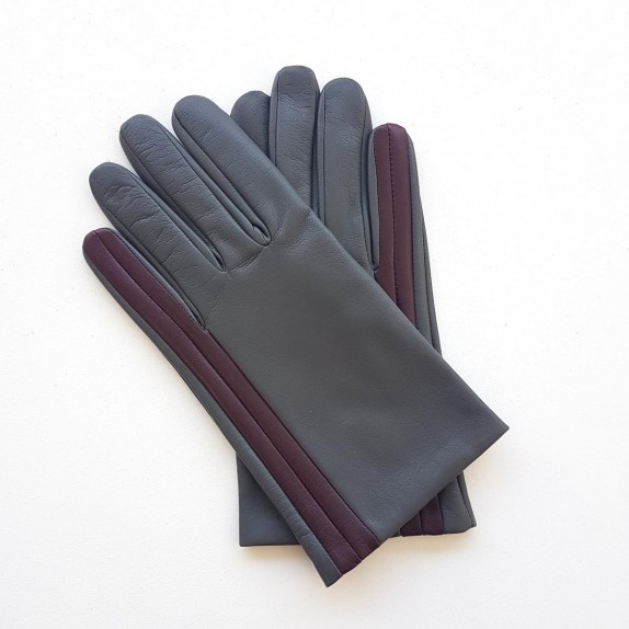 "Leather gloves of lamb charcoal and burgundy ""AKANO""."