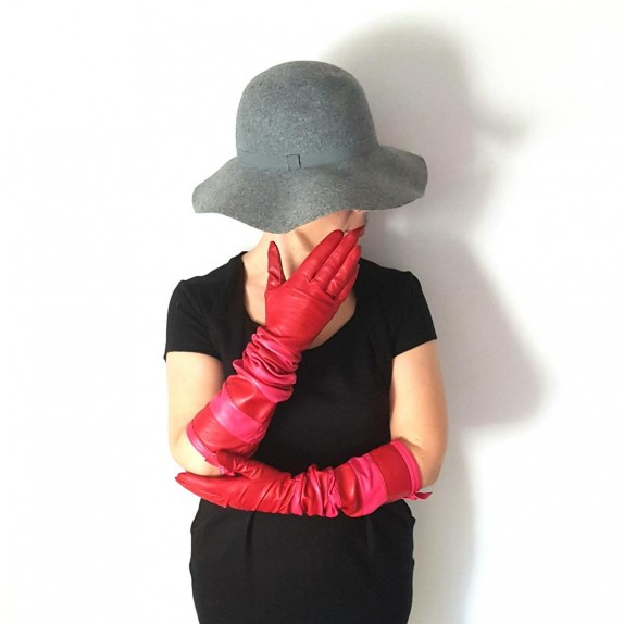 "Leather gloves of lamb red and fuchsia ""NATRICIA"""