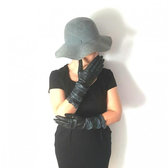 "Leather gloves of lamb black and grey""NATRICIA BIS"""